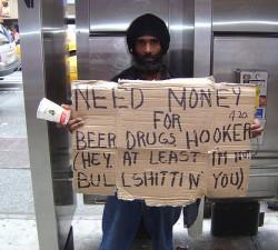 Tu dai bani cersetorilor?