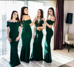 Toamna, anotimpul rochiilor lungi, aduce in atentia ta colectia de la Ramona Badescu !