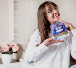 Pro White – obtine un zambet stralucitor ca la cabinetul stomatologului cu benzile Crest